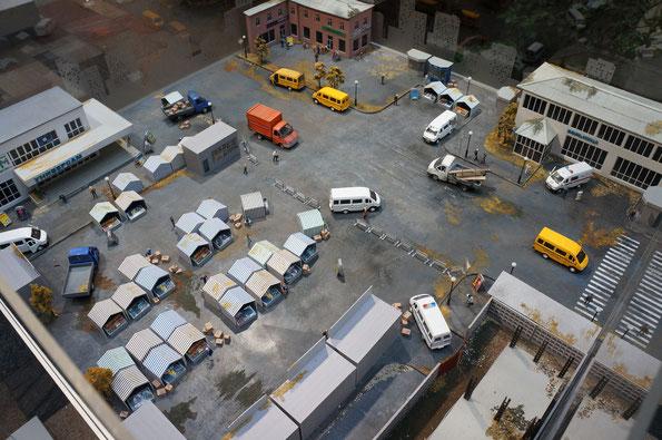 ГАЗель в жизни страны. Рынок, больница, магазин, полиция, дорожные работы и перевозка пассажиров - очень круто