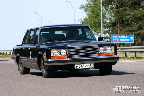 ЗИЛ 4104. Двигатель объемом 7,0 литров