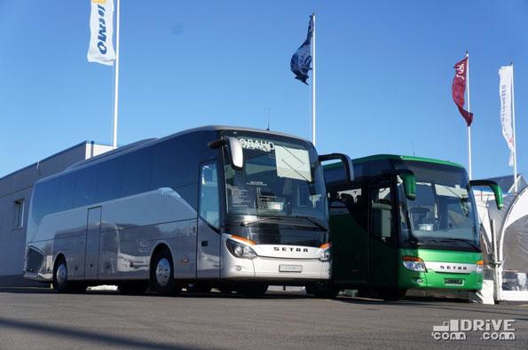 Setra, как и все предыдущие годы, выступала под знаменами Mercedes-Benz. На этот раз стенд украшала премьера Comtrans'13 - Setra S515HD и дебютант Мира автобусов–2012 - Setra S419GT-HD со схемой дверей 1-0-1