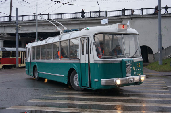 Троллейбус ТБЭС-ВСХВ, 1957 года. Москва. 16.11.2013