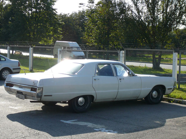 """Настоящие """"американцы"""" - редкость на наших дорогах. Этот Plymouth Fury - исключение, хотя он и не """"ходовой"""""""