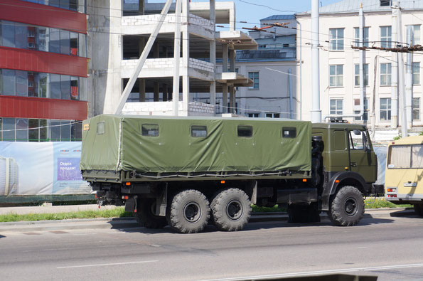 Бортовой грузовик МАЗ-6317