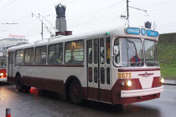 Троллейбус ЗИУ-5Г, 1966 года. Москва. 16.11.2013