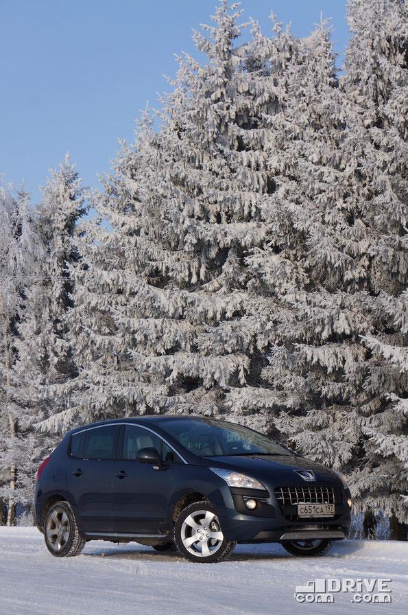 Псевдокроссовер Peugeot 3008. Трасса М1. 18/02/2012