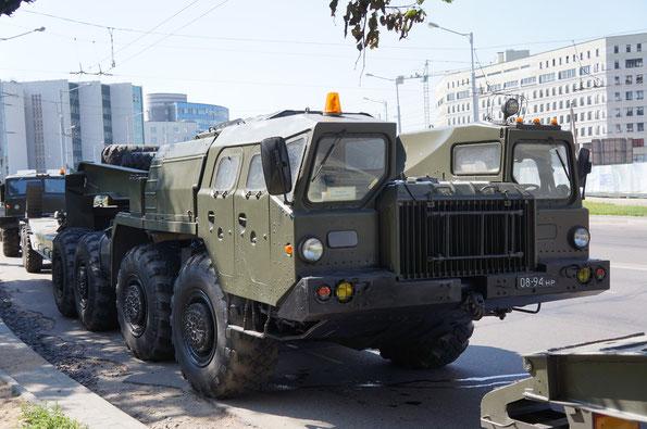 Седельный тягач МАЗ-7410