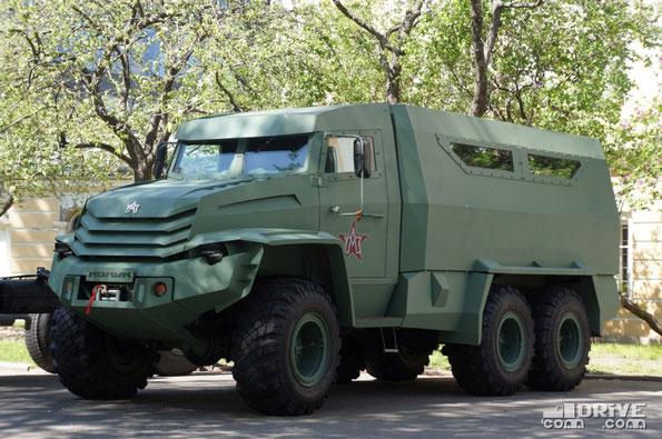 Опытный грузовик для транспортировки личного состава, Колун 6х6. Москва. 09/05/2014