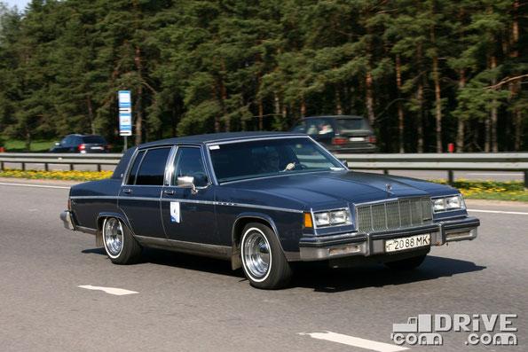 Buick Electra Park Avenue 83