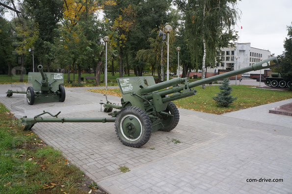 Дивизионные 76-миллимитровые пушки ЗИС-3