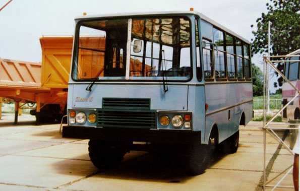 Автобус Giron VI на шасси ПАЗ-672ВЮ-000001040. Фото Богданова