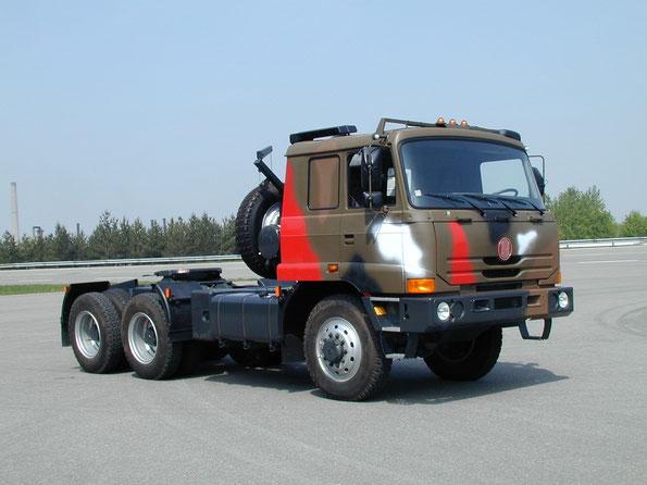 Седельный тягач TATRA T815-290N3T 6х6.2. Фото фирменное