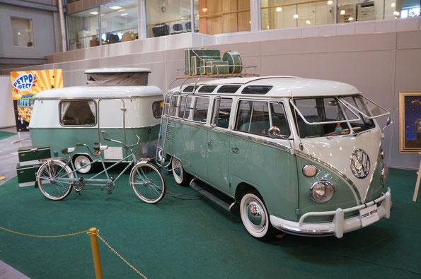 VW 23 Window Deluxe Samba. Год выпуска 1963. Прицеп-дача Erida Puck. Год выпуска 1971. Велосипед-тандем...