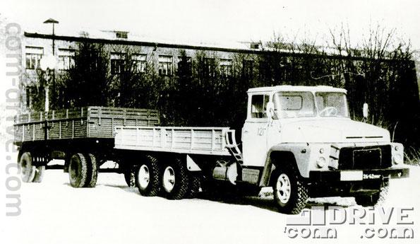 КРЕМЕНЧУГСКИЙ АВТОМОБИЛЬНЫЙ ЗАВОД. КрАЗ-250-010 - грузовой автомобиль типа 6х4. Количество модификаций: 11. Количество объектов вооружения, базирующихся на данном семействе: 12