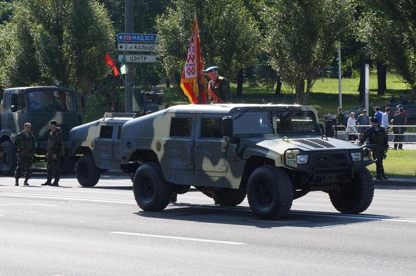 Высокомобильное многоцелевое колесное транспортное средство для спецназа Dongfeng Mengshi EQ2050F