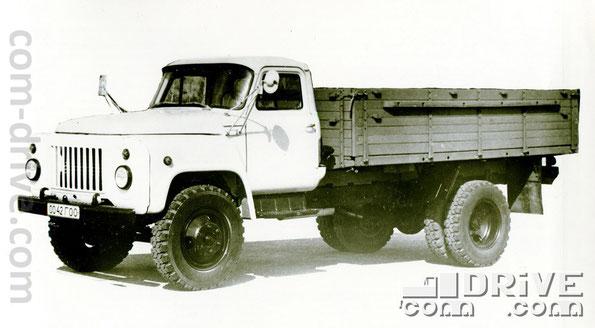 ГОРЬКОВСКИЙ АВТОМОБИЛЬНЫЙ ЗАВОД. ГАЗ-53-12 - автомобиль грузовой типа 4х2. Количество модификаций: 5. Количество объектов вооружения, базирующихся на данном семействе: 4