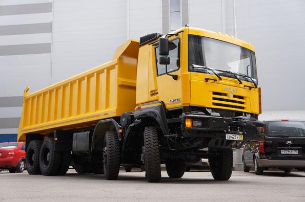 Самосвал Gloros A5402D (4352) вновь объявился в 2012 году. «СТТ-2012»