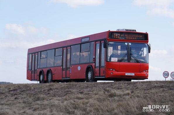 Городской автобус МАЗ 107468. Трасса М1. 11/04/2012