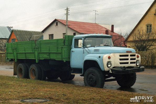 Бортовой грузовик ЗИЛ-133ГЯ. Минск. Фото Дмитрия Гладкого