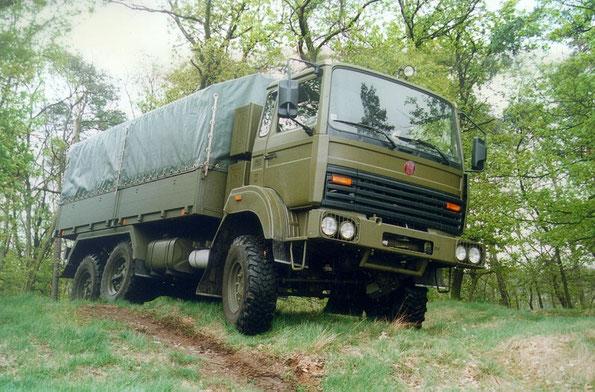 Армейский грузовик TATRA R210. Фото фирменное
