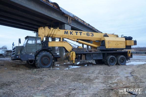 Кран автомобильный МКТТ-63 с тягачом МоАЗ-546П. Нарышкино. 20/12/2014