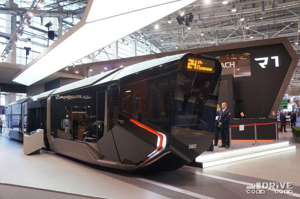 Трехсекционный трамвай R1 в экспозиции ЭкспоСитиТранс 2014