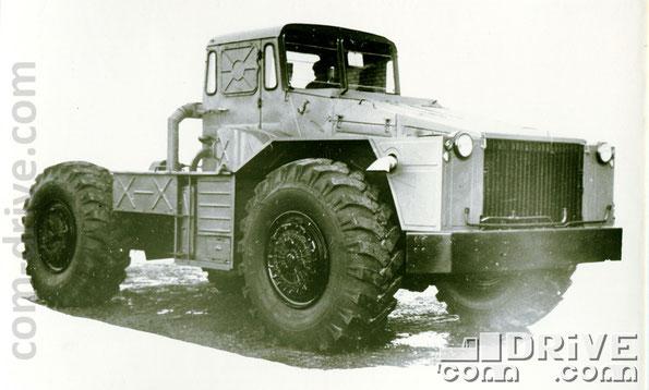КУРГАНСКИЙ ЗАВОД КОЛЕСНЫХ ТЯГАЧЕЙ. КЗКТ-538ДП - инженерный колесный тягач типа 4х4. Количество модификаций: 1