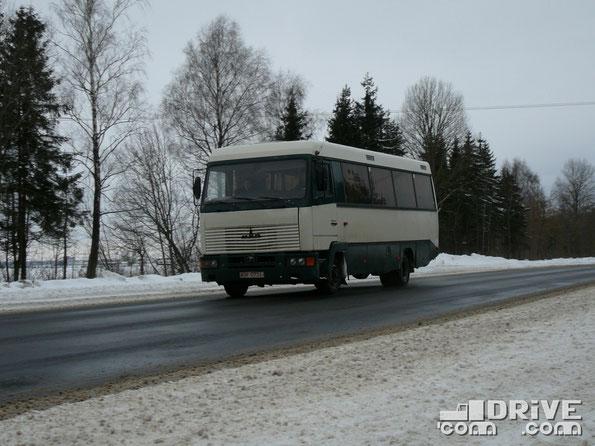 Автобус среднего класса МАЗ-106. Трасса Минск-Могилев. 13/02/2010
