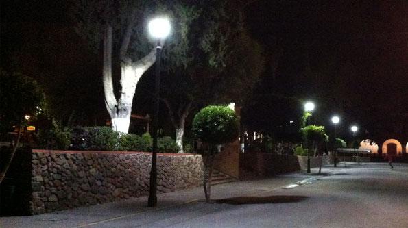 Pueblo Mágico de Tepotzotlán, Edo. Méx. Suministro de postes con luminarios Antique Toljy  para proyecto de ahorro de energía, sustitución de luminarios de 250W aditivos metálicos por 70w LED