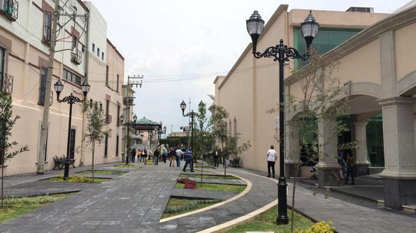 Lerma, Estado de México. Suministro de postes y luminarios LED Toljy  en el centro de la ciudad y diversas colonias del municipio.