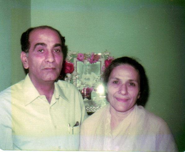 Feb. 1976 : Jim & Roda Mistry in Bombay, India