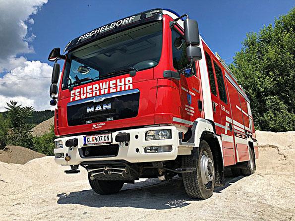 Tanklöschfahrzeug Allrad 2000 Liter Wasser, 200 Liter Schaum, MAN, Halbautomatik