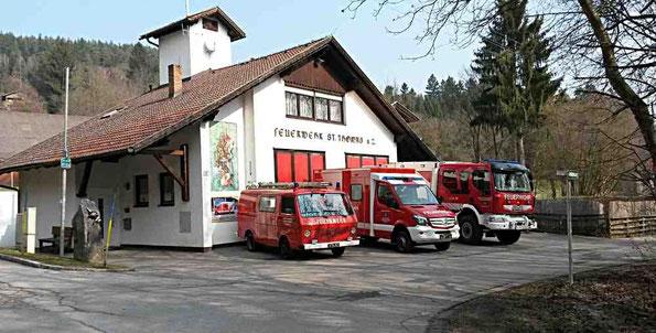 Rüsthaus Sankt Thomas am Zeiselberg, mit Fahrzeugen