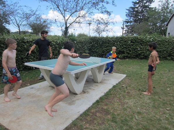 Petit ping pong au lac