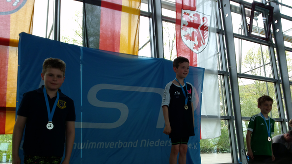 Siegerehrung 400 m Freistil mit Willy