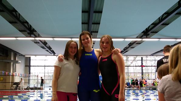 Die Teilnehmer der HH-Meisterschaften: v.l. Isabelle Kasch, Katharina Zeidler, Chantal Kasch
