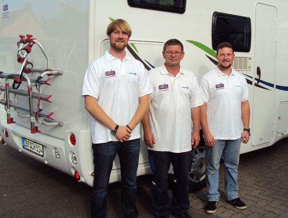 Das Werkstattteam - Werkstattleiter Ivo Diedrich, Service Techniker Volker Schmidt, Auszubildender Johannes Kunz