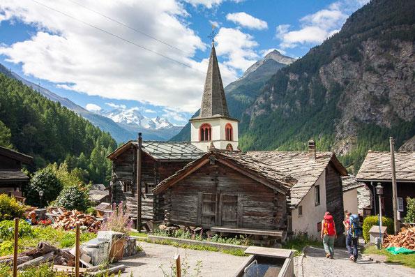 Das idyllische Bergdorf Randa bei Zermatt