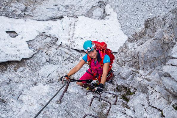 Ich freue mich über die tollen Bedingungen am Klettersteig.