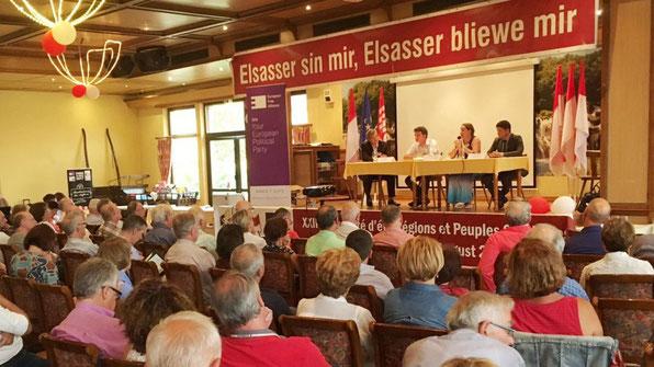 Une Université d'été de la fédération Régions et Peuples solidaires s'est ouverte ce jeudi à Kintzheim. Alsaciens, Corses ou encore Bretons se sont donnés rendez-vous pour trois jours de débats entre partis régionalistes et autonomistes à Cigoland.