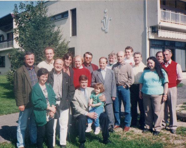 Manex Pagola, à la création de Régions et Peuples Solidaires, deuxième sur la photo en partant de la droite