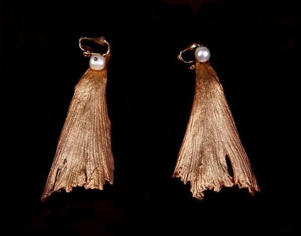 Boucles gingko, cuivre doré et perles