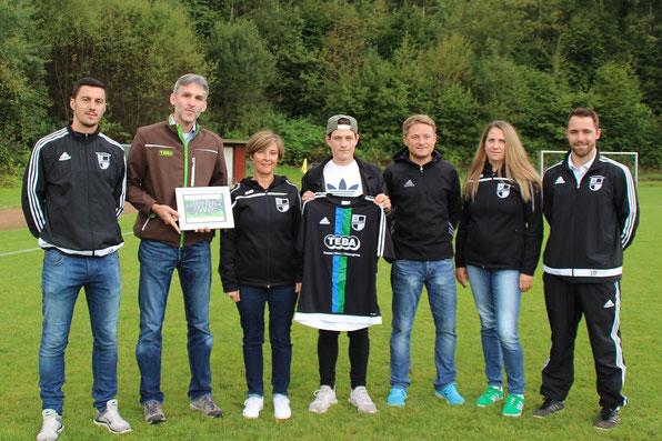 v.l. Trainer Stefan, Geschäftsführer Jens Kaub, Marion Backes, Manuel Schu, Trainer Frank Keller, Anne und Lukas