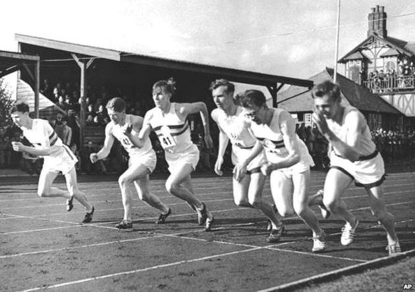 The start of the race on 6 May 1954 - Alan Gordon is third from right
