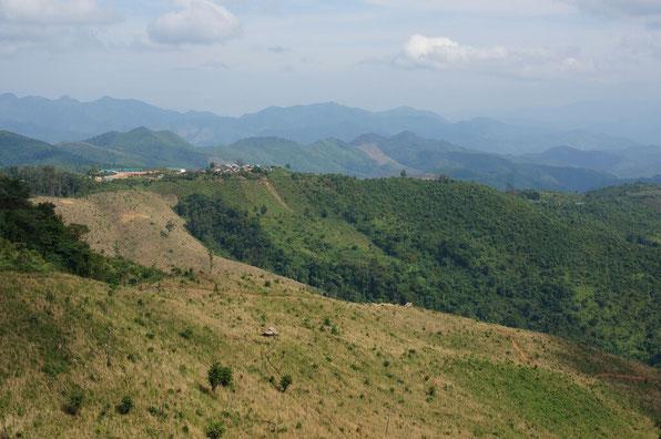 Entre la frontière et Muang khua