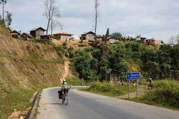 Le nord du Laos est aussi vallonné que le nord du Vietnam!