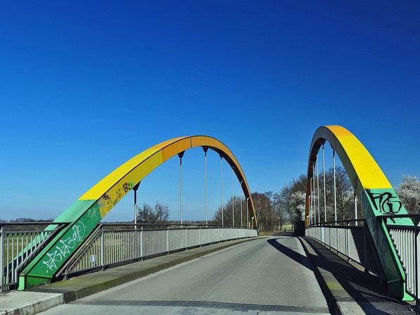 Brücke / Ruhr - Duisburg