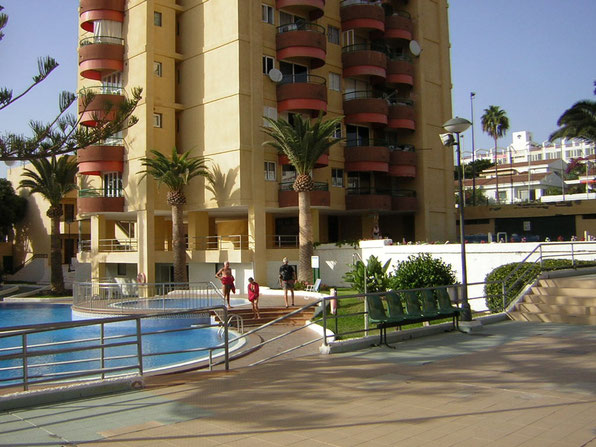 Apartment Holly in der ferienanlage Los torres mit Pool in zentraler Lage.
