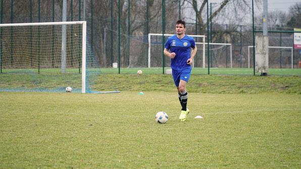 Errasti, entrenando con su nuevo equipo, el Elana Torun polaco. Foto: elanatorun.com