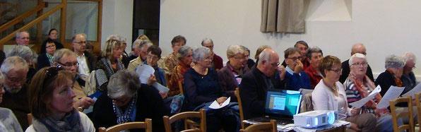 04/05/2017-Près d'une centaine de bénévoles du doyenné Morlaix-Trégor sont venues entendre la présentation de la paroisse nouvelle par le P. Yves Laurent. Un moment d'écoute et d'échanges, où s'est exprimée la pleine volonté de chacun à aller de l'avant
