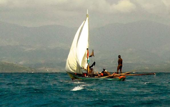 Fischen ohne Unterbux. Armut oder Kult ?  HAITI 2014