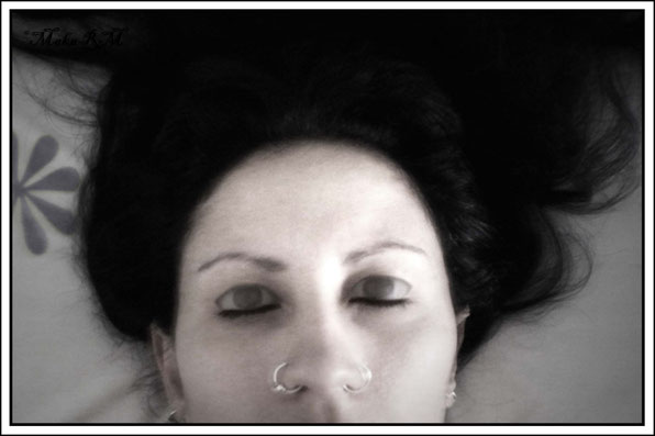 DormidaDespierta/VivaMuerta